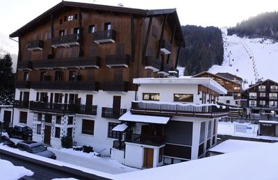 Photo for Superb 2 rooms in the center of Morzine - 50 m from the Pleney gondola