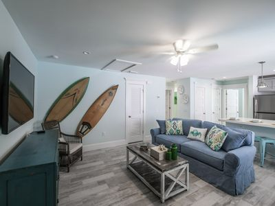 Photo for Tropical Breeze Resort, 3 Bedroom w/ Full Kitchen and W/D. Sleeps 10. Perfect for Families or Groups. Best Location. INCLUDED: Daily Housekeeping, Bikes, 2 Pools/1 Spa, Beach Chairs, Beach Towels, WiFi, Parking , Games, BBQs and More!