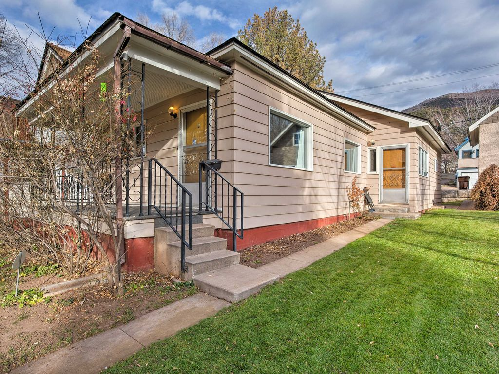 New 3br glenwood springs home walk to downtown glenwood for Glenwood house