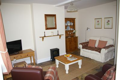 Lounge with TV / DVD and Wifi