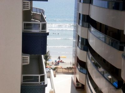 Photo for 3 Bedrooms w / SKY and WIFI + 2 parking spaces - View to Beach
