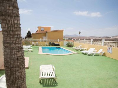 Photo for Beautiful villa in Caleta de Fuste with Pool
