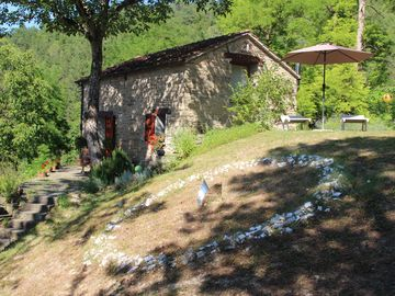 Country House, romantic, Appenines( Bologna-Ravenna-Florence) 2-3 guests