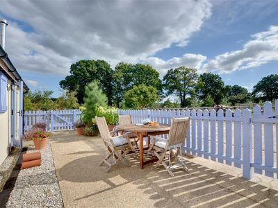 Photo for Vacation home Fosten Lane  in Tenterden, South - East - 2 persons, 1 bedroom