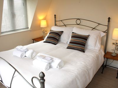 Photo for Sat Cotswolds Valleys Accommodation - Exclusive use character one bedroom family holiday apartment