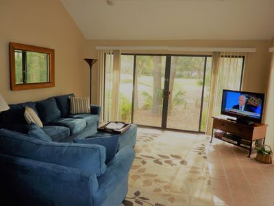 Photo for Seapines,2/bed 2/bath,pool,walk to beach,bikes,wifi,golf view,