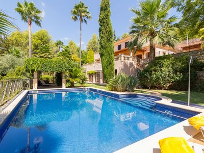 Photo for Tierraseca - Spectacular villa with pool and garden in Bunyola