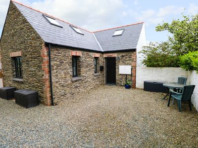 Photo for THE OLD STABLES, pet friendly in Fishguard, Ref 1011059