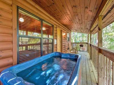 Photo for Star Struck 1 Bedroom Home with Hot Tub