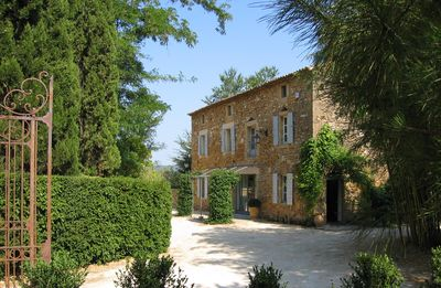 Photo for 18th mas renovated near Uzes. Luxury and charm