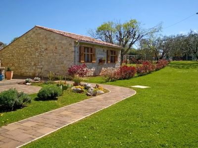 Photo for Vacation home Sweet Home in Umag/Đuba - 4 persons, 1 bedrooms