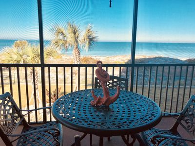 Awesome balcony ocean view!