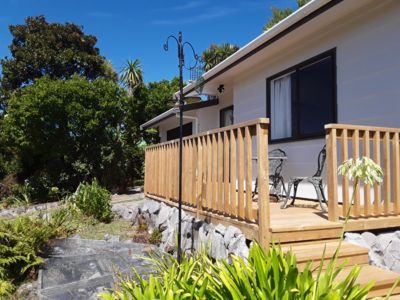 Photo for Cozy 2 bedroom cottage - private, self-contained and close to shops & park