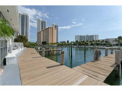 Photo for Sunny Isles Seasonal Home For Rent