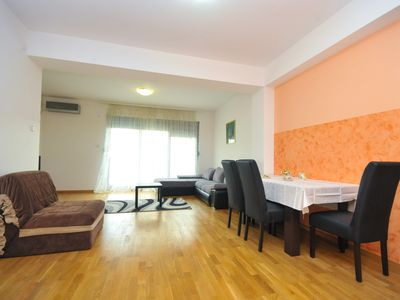 Photo for Apartment @ GREAT Value & Location #194