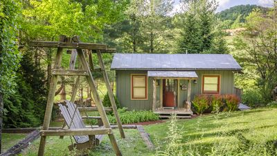 Photo for Butterfly Bungalow  - Getaway Near AT, Wi-fi, creek