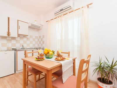 Photo for Apartment and Rooms Mirjana (11111-A3) - Vodice