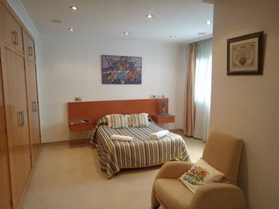 Photo for Rent double room with private bathroom 50 euros / night ........................