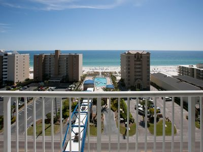 Photo for Clean, affordable condo! Gulf views, pool and lazy river on the beach,!