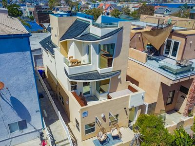 Photo for Mission Beach House w/ Roof-Top Deck, Air Conditioning and Garage,  Sleeps 11