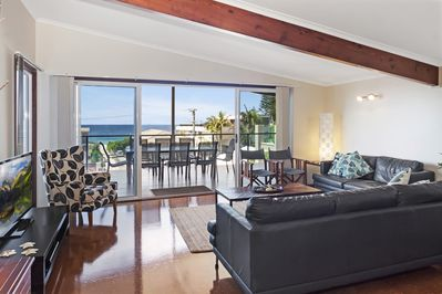 Living room with view to the ocean