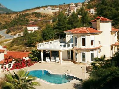 Photo for Holiday villa 'NEPTUN' private pool and dream panorama over sea - Alanya