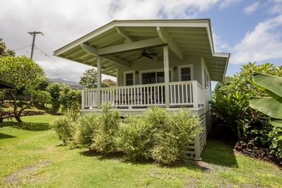 Cozy Hana Bay View Cottage with covered lanai, new vinyl decking and siding.