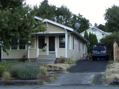 nicely renovated bungalow in downtown Hood River