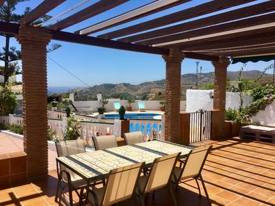 Photo for Magnificent country house with private pool just 2 km from the center of Nerja