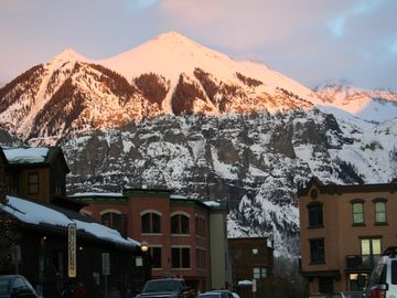 Luxury in the Heart of Telluride – short walk to all of the treasured hotspots