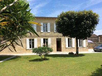 Photo for Comfortable Cottage Stone House *** in the heart of the city of St Emilion 2-8 Pers