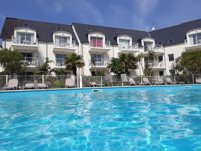 Photo for Fouesnant, pool view apartment 200 m from the beach of Beg Meil