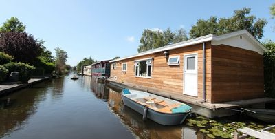Photo for Beautiful houseboat at 15 min. from Amsterdam Central!
