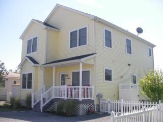 Photo for Fabulous Fenwick Island! Waterfront property, charming, chic!