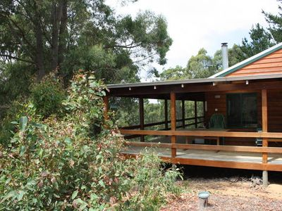 Photo for Marri-Wood Cottage - located at Jalbarragup - Nannup