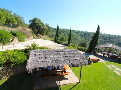 Photo for Lovely apartment for 7 people with WIFI, pool, TV, pets allowed and parking, close to Arezzo