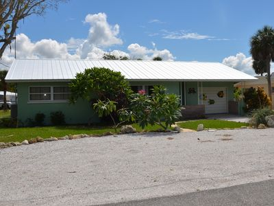Canal (60 Ft) Front Anna Maria Rental House Great for Boaters