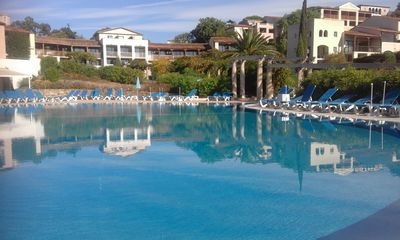 Photo for Gulf of Saint Tropez, 5-bed apartment, ground floor with terrace and patio