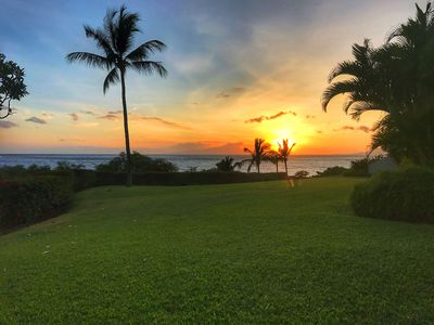 Photo for Spacious, newly renovated 1BR/2BA with stunning Ocean View at Maui Kamaole A101