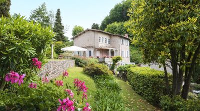 Photo for Villa in Pietrasanta with 5 bedrooms sleeps 10