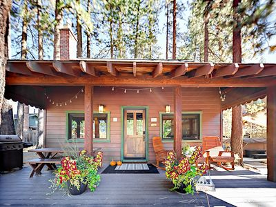 Photo for 2BR Charming Mountain Cabin + Private Hot Tub, South Lake Tahoe, Sleeps  6