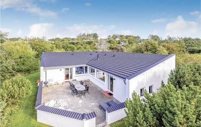 5 bedroom accommodation in Knebel