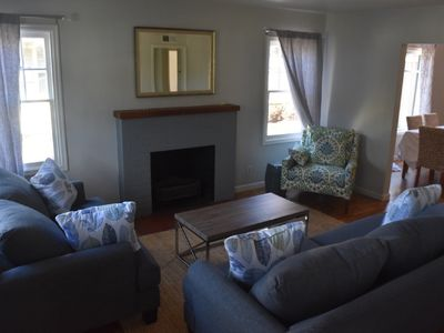 Photo for Stylish, Clean, Newly Remodeled, Bungalow Close To The University Of Oregon