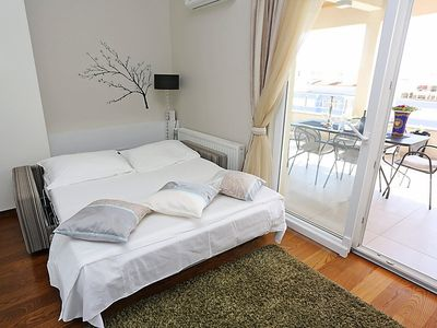 Photo for Apartment Eva in Zadar - 4 persons, 2 bedrooms