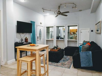 Photo for Cozy 2 bedroom Apartment in Treme