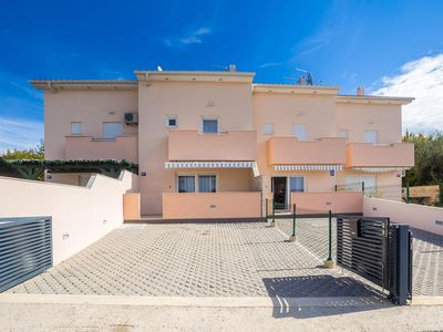 Photo for 3 bedroom Villa, sleeps 7 in Brzac with Pool and Air Con
