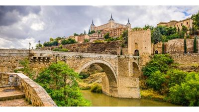 Photo for Very spacious terraced house around toledo