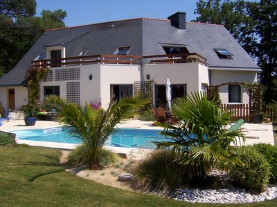 Photo for ARRADON - Villa 8 people (4 bedrooms) - private heated pool - closed Garden