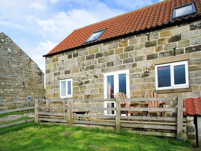 Photo for THE PIGGERY, romantic, with a garden in Farndale , Ref 911810