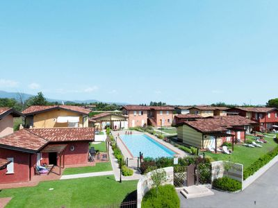 Photo for One bedroom Apartment, sleeps 4 in Manerba del Garda with Air Con and WiFi
